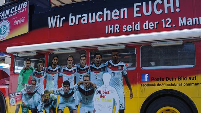 Werbung | FIFA World Cup™ Trophy Tour – Einmal um die ganze Welt #wirAlle