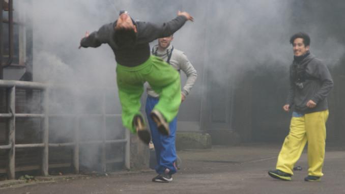 Kampfsport-Akrobatik