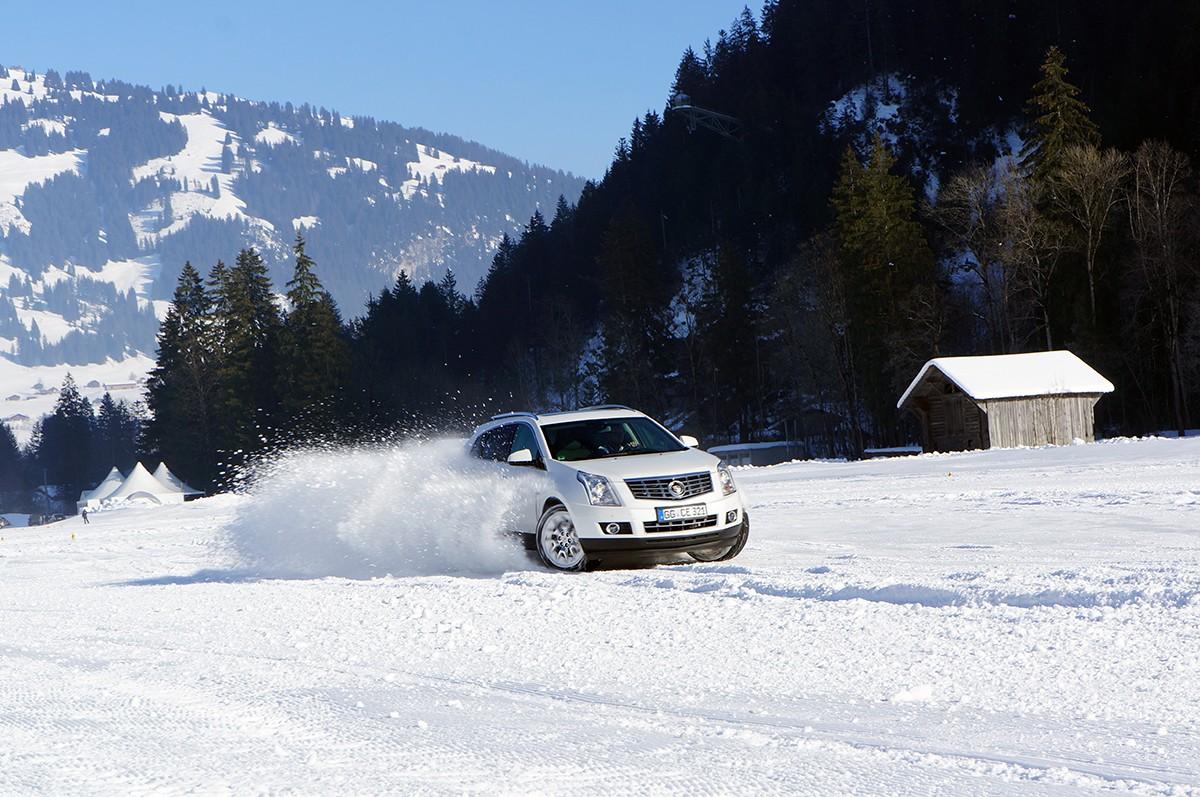 Auf Schnee und Eis mit Cadillac – #CadillacExperience in Gstaad