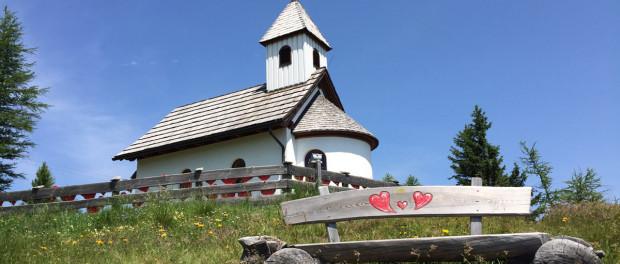 Urlaub in einer Almhütte - Buchungsportal www.huetten.com vorgestellt