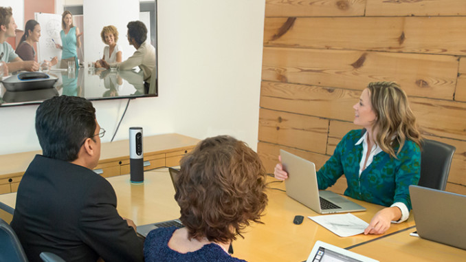 Logitech ConferenceCam Connect – Tragbare All-in-One-Videokonferenzlösung