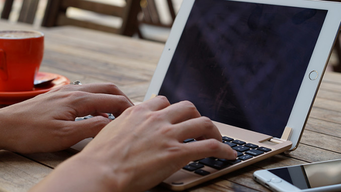 BrydgeAir – hochwertige Alu-Bluetooth-Tastatur für iPad Air und Air 2