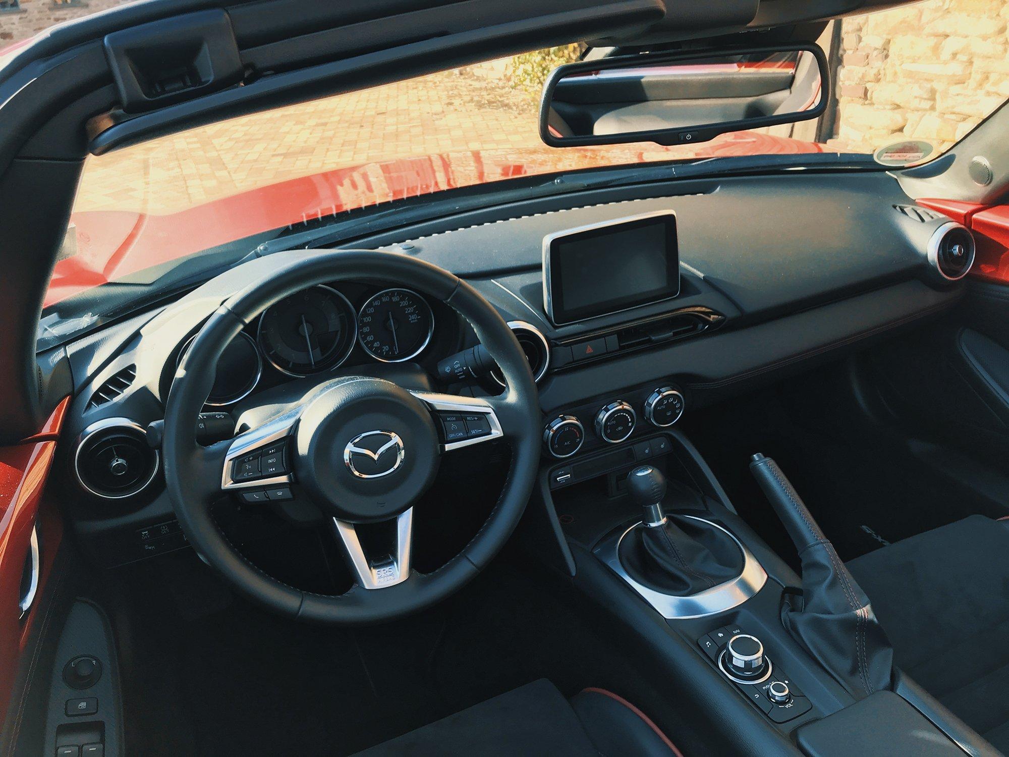 Mazda-MX5-RF_6