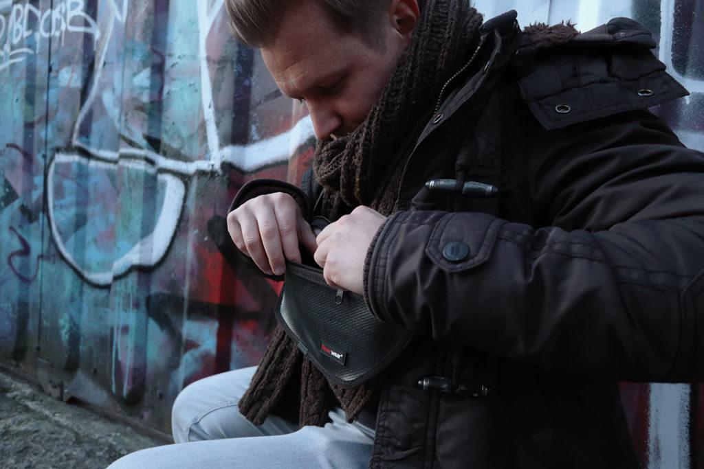Feuerwear Hip-Bag Otis – Gürteltasche aus gebrauchtem Feuerwehrschlauch