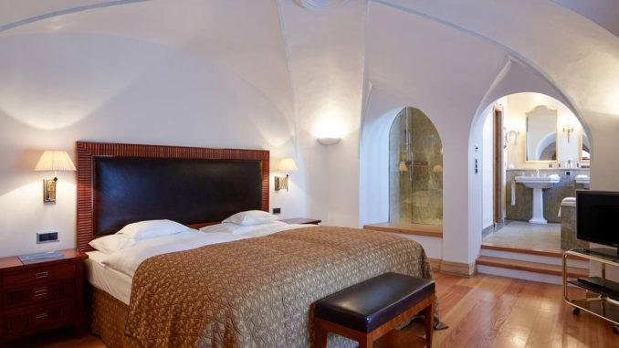 Grand Hotel Kronenhof – Ein Haus der Luxusklasse