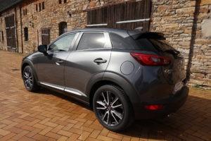 Werbung   Der Dynamiker unter den kleinen SUVS – Der Mazda CX-3