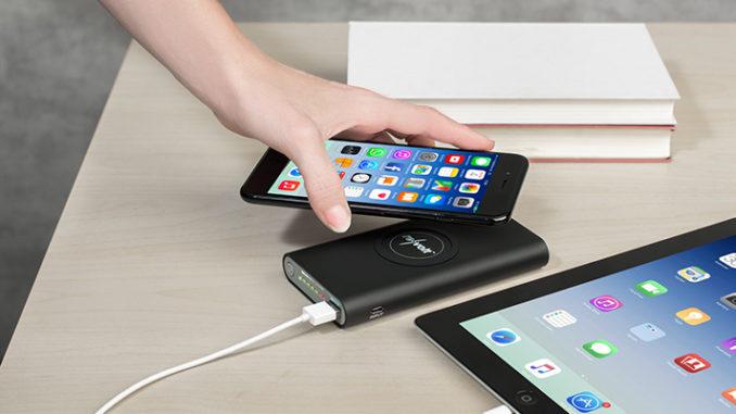 Werbung | Qi- USB-Powerbank PB-800.qi von revolt – Auch unterwegs ist sie vorbei, die Zeit der lästigen Ladekabel