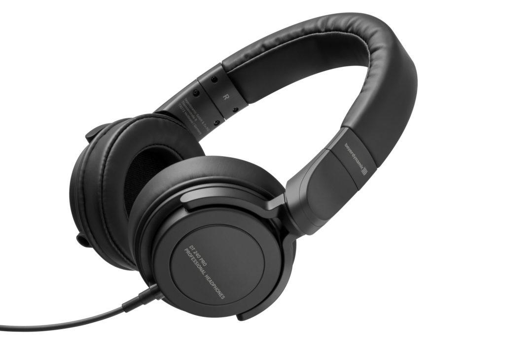 Werbung | Preiswerte Perfektion am Ohr – beyerdynamic DT 240 Pro Kopfhörer