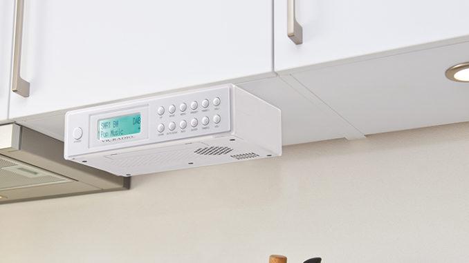 Werbung | Das Unterbau-Küchenradio von VR-Radio liefert gute Laune in die Küche
