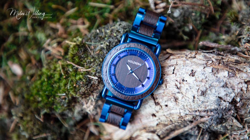Werbung   Holzkern – Die Armbanduhren aus Holz und Stein