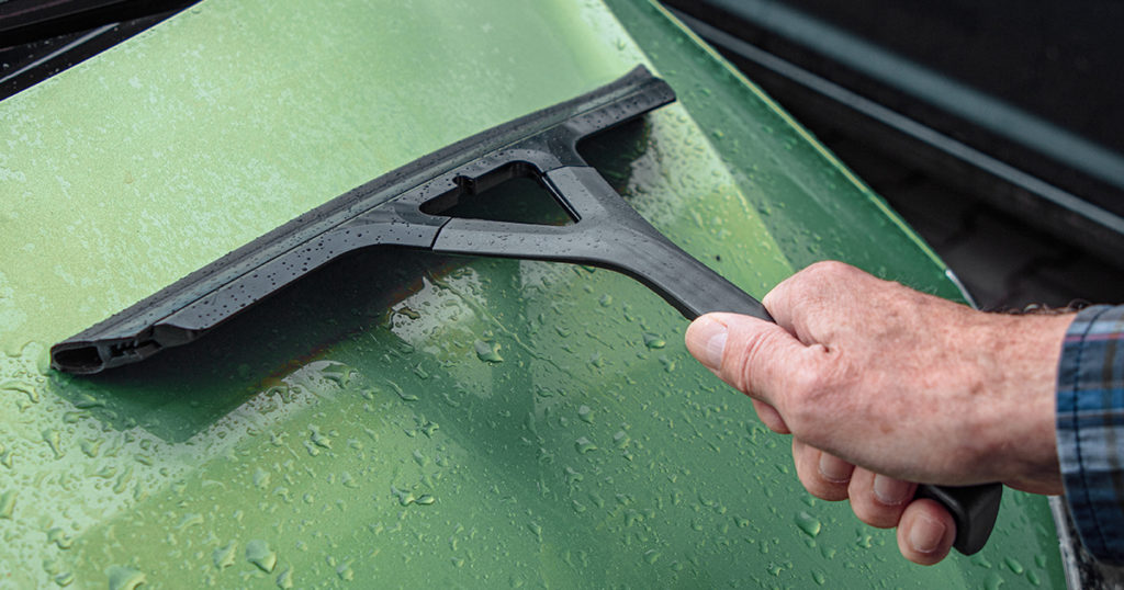 Werbung | Saubere und klare Sicht, nicht nur beim Autofahren – Aqua Away Abzieher von Kungs