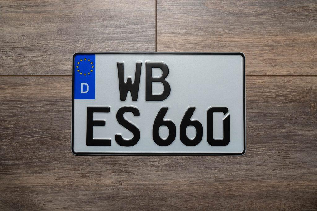 Werbung | Schilder-Schreiber.de – Fahrzeugkennzeichen online bestellen