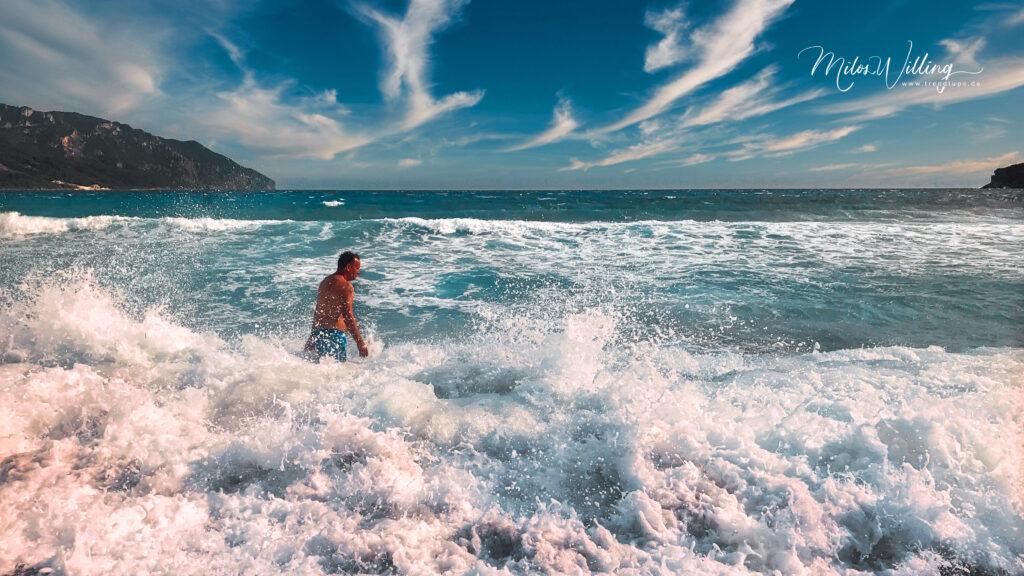 Von Andros nach Santorini hüpfen – Griechenland Reisen der etwas anderen Art!