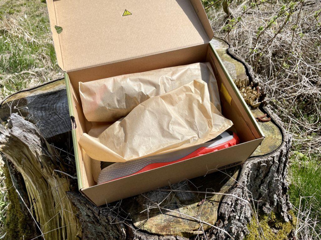 KEEN BELOWS FLEX WANDERSCHUH - Gebaut für leichteres Biegen