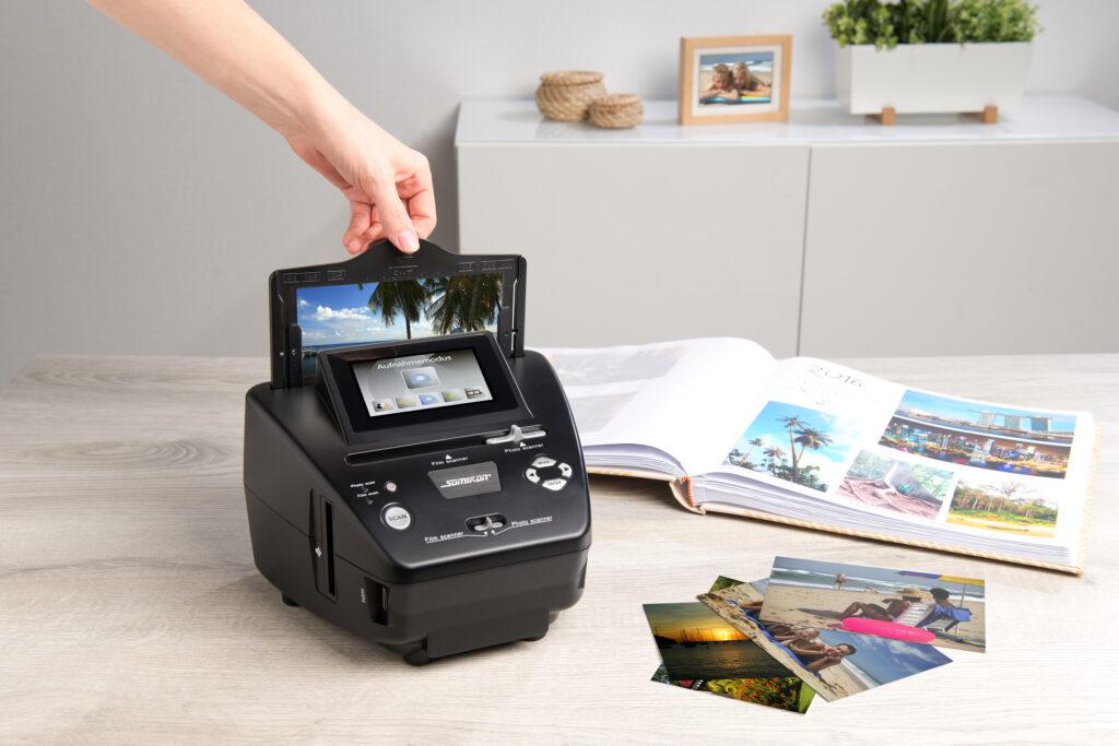 Fotos, Dias und Negative digitalisieren: Somikon 3in1-Stand-Alone-Foto-, Dia- & Negativscanner