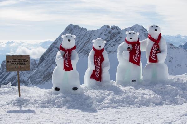 Coca-Cola Polarbären auf der Zugspitze gesichtet