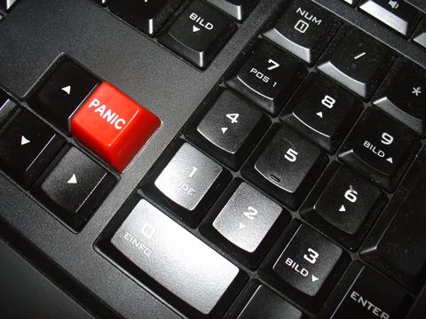 Werbung | Der ultimative rote Panic Button